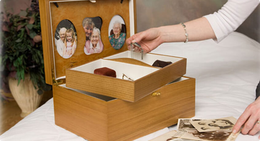 Small Wooden Memory Chest & box