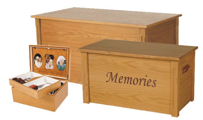 Oak memory chest in three sizes
